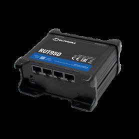 Teltonika RUT950 - 4G router til mobilt internet